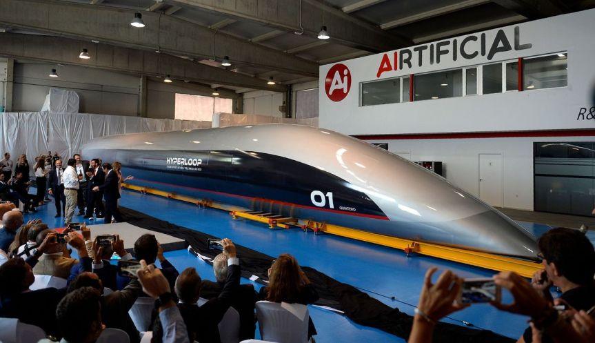 First Look: 1200 KPH Hyperloop CapsuleUnveiled